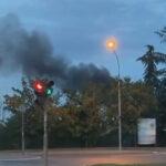 Izbio POŽAR u Beogradu: Vatra bukti na Paliluli, na terenu ekipe vatrogasaca