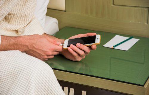 """EU predlaže univerzalni punjač: USB-C konektor za sve, Apple: """"Zabrinuti smo"""""""