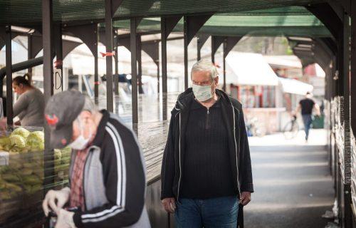 Hit prizor na Vidikovcu: Pogledajte šta ljudi nude na PIJACI - da li biste OVO probali? (FOTO)