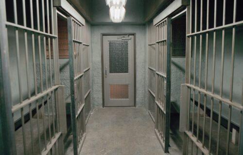 MASAKR u zatvoru: Ubijeno više od 110 osoba, najmanje pet OBEZGLAVLJENO (FOTO)