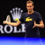 Pobedio Novaka, ali prozivke su stigle na njegovu adresu: Medvedev im poslao brutalnu poruku!