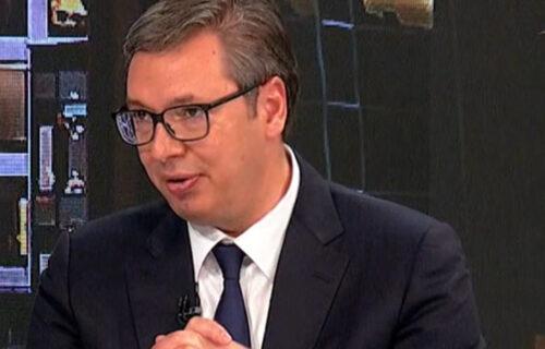 """Predsednik Vučić o podizanju migova: """"Oni su mislili da se ja šalim"""""""