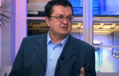 Dr Šekler na meti antivaksera: Šalju mu PRETEĆE poruke uz salvu najvulgarnijih uvreda