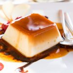 Pesak torta sa TRI sloja fila: Savršen spoj vanile, kokosa i oraha (RECEPT)