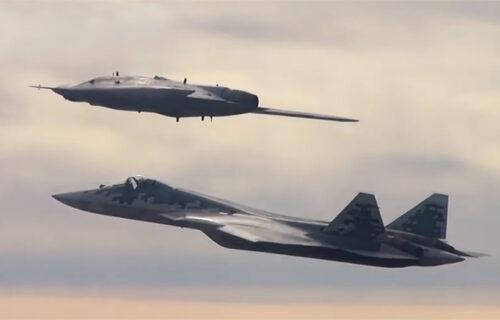 Ruski UBOJITI dvojac uteruje strah u kosti: Nevidljivi Su-57 i Okhotnik zajedno na nebu (FOTO+VIDEO)