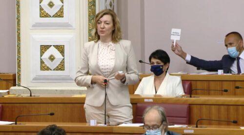 Dragana Jeckov pozvala sve Srbe da 3. oktobra zaokruže SDSS