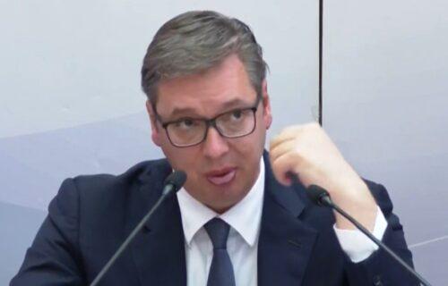 Kao država smo reagovali odgovorno i PAMETNO: Vučić ponovio da niko ne sme da ugrožava naš narod na KiM