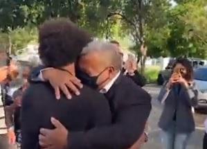 Vilijan se posle dugo vremena vratio u Brazil: Dočekao ga otac, odmah su usledile emotivne scene! (VIDEO)