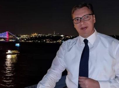 Predsednik Vučić u Turskoj: Lepo veče u Istanbulu, radujem se susretu sa Erdoganom (FOTO)