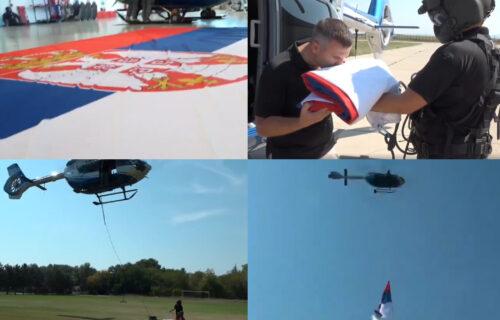 Helikopteri nad BEOGRADOM: MUP obeležio Dan SRPSKOG jedinstva, slobode i nacionalne zastave (FOTO+VIDEO)