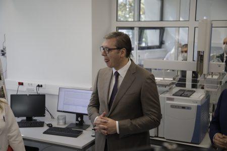 Predsednik Vučić: BIA ima jednu od NAJBOLJE opremljenih laboratorija
