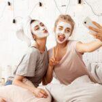Sprečava pojavu bora i dubinski hidrira kožu: Moćna domaća maska za lice od samo tri sastojka (RECEPT)
