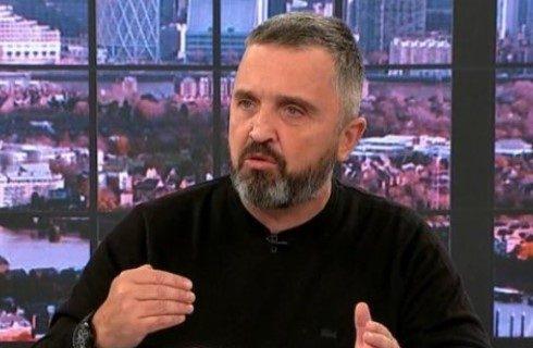 Vučićević otkrio ZAŠTO predsednik Vučić nosi rolke: To je odjednom postala nacionalna tema (VIDEO)