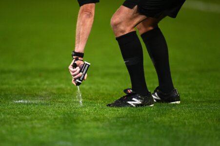 FIFA u velikom problem: Skupo će ih koštati sprej za sudije