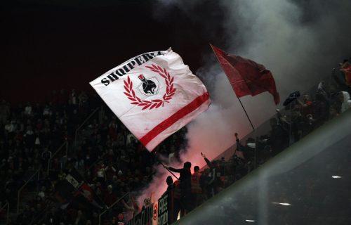 Albanci gađali poljske fudbalere flašama, pa okrivili gostujuće navijače: Sramno saopštenje iz Tirane