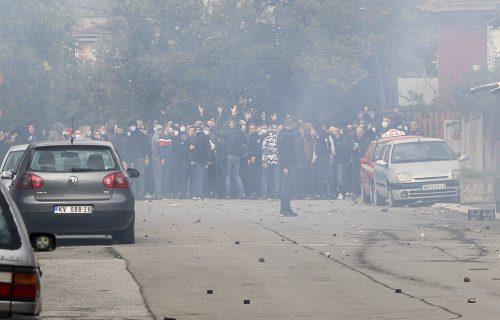 Mirna noć na Kosovu i Metohiji posle HAOSA: Sklonjene barikade, protest podrške i danas