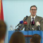 Vučić u Jagodini: Radićemo da dovedemo nemačkog ili japanskog investitora koji će davati VEĆE PLATE