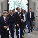 Vučić obišao rekonstruisanu zgradu Zemunske gimnazije: Želim da se ovde deca osećaju kao kod svoje kuće