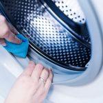Isprobala je trik za čišćenje veš mašine i ostala u šoku kad je videla REZULTAT (VIDEO)