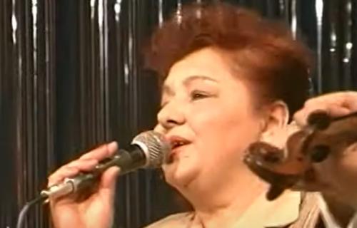 Srpska pevačica UMRLA u bolesti i samoći: Zbog NESREĆNOG braka tugu je gasila alkoholom