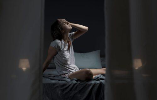 Često se budite u goloj vodi? Kada je znojenje tokom spavanja normalno, a kada morate da se zabrinete?