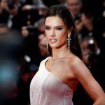 Sasvim prirodan i LEŽERAN izgled: Poznata manekenka Alesandra Ambrozio bez TRUNKE šminke (FOTO)