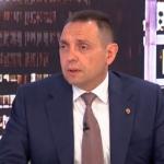 Vulin OTKRIO: Meta je predsednik Vučić, napadaju mu porodicu kako bi se on POVUKAO