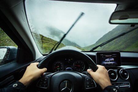 Mnogi vozači ne koriste nove tehnologije u automobilima, a skupo ih plaćaju