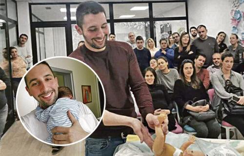 """Marko (32) iz Beograda uči žene kako da DOJE: """"Pre porođaja se raspituju da li ja radim"""" (FOTO)"""