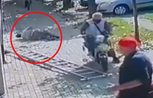 "NEVEROVATNA scena sa ulica Inđije! Vozio bicikl, pa izazvao HAOS: ""Nadamo se da je majstor dobro"" (VIDEO)"