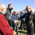 Objektiv u POKRETNOJ kancelariji Gorana Vesića: Želim da pričam sa ljudima i rešim problem (FOTO+VIDEO)