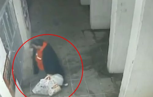 Kakav cirkus! Novi Beograd ovo nije video: Glavom LOMI staklo i glava mu ostaje ZAGLAVLJENA (VIDEO)