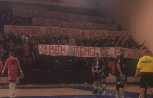 Novi Pazar istupio iz lige zbog transparenta navijača Crvene zvezde!