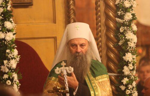 Patrijarh Porfirije stigao u Sarajevo: Mnogobrojni vernici ga dočekali pred Hramom Presvete Bogorodice