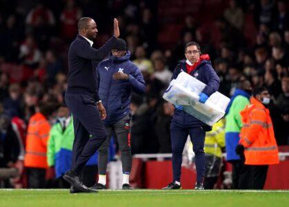 """Drama u Londonu, Patrik Vijera umalo da uništi svoj Arsenal: """"Tobdžije"""" se spasile u 95. minutu (VIDEO)"""