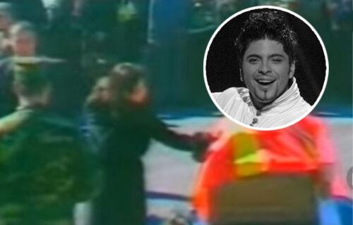 Suze, tuga i JECAJI: Ovako je Ceca pre 14 godina ispratila Tošeta na večni počinak (VIDEO)