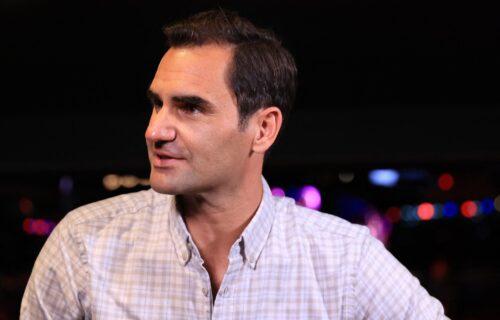 Federer u do sada neviđenom izdanju: Pored Rodžera čuvena Pamela Anderson i zastava Makedonije! (FOTO)