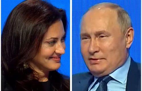 """""""Ona mene ne čuje, a lepa je"""": Putin POSRAMIO američku novinarku pred kamerama, NASMEJAO ceo svet"""