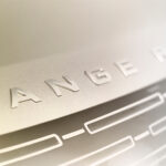 Prve fotografije Range Rovera 2022: Stižu dizelaš, benzinac i plug-in hibrid (FOTO)