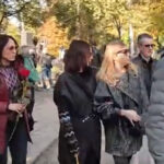 Tužne scene na Novom groblju: Nataša Pavlović stigla na poslednji ispraćaj bivšem MUŽU (VIDEO)