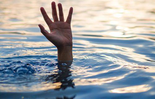 UŽAS na školskom izletu: UTOPILO se 11 učenika, poginuli držeći se za ruke