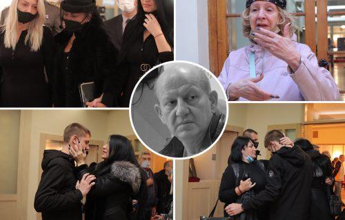 Sahranjen bivši ministar odbrane Stanković: Ćerka u suzama ljubi krst, svira vojni orkestar (FOTO+VIDEO)