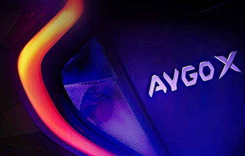 Toyota golica maštu: Objavljen tizer za kompakt SUV Aygo X (VIDEO)
