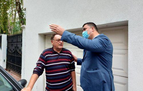 Basta obišao stanare koji nemaju grejanje: Beograđani, hvala na strpljenju (FOTO)