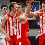 Prvi večiti derbi pripao Zvezdi: Crveno-beli klinci ubedljivi protiv Partizana